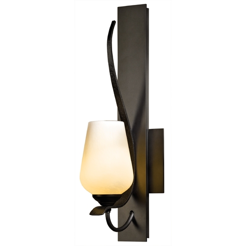 Hubbardton Forge Lighting Hubbardton Forge Lighting Flora Dark Smoke Sconce 203035-07-ZX303