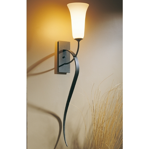 Hubbardton Forge Lighting Hubbardton Forge Lighting Sweeping Taper Natural Iron Sconce 204527-20-G25