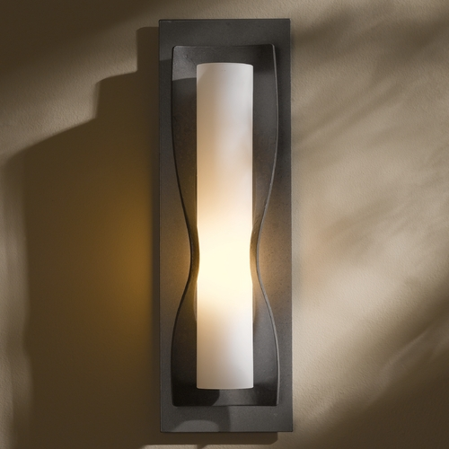 Hubbardton Forge Lighting Hubbardton Forge Lighting Dune Burnished Steel Sconce 204790-08-G301