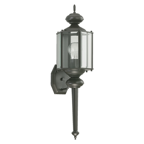 Quorum Lighting Quorum Lighting Lantern Bronze Outdoor Wall Light 712-36