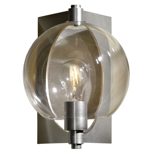 Hubbardton Forge Lighting Hubbardton Forge Lighting Pluto Vintage Platinum Sconce 206540-SKT-82-ZM0384