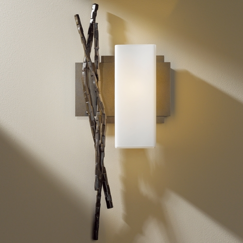 Hubbardton Forge Lighting Hubbardton Forge Lighting Brindille Bronze Sconce 207670R-05-G351