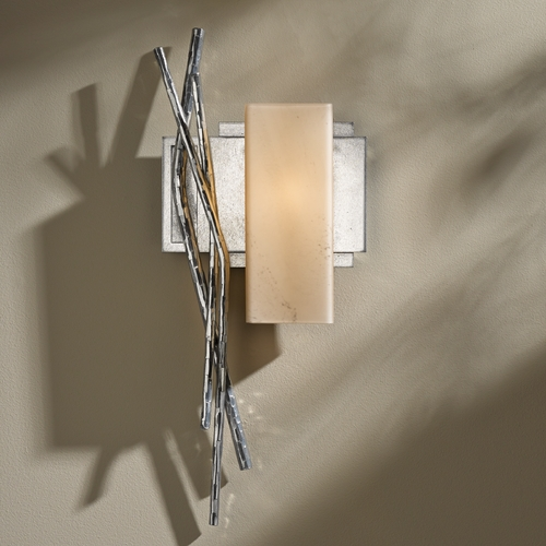 Hubbardton Forge Lighting Hubbardton Forge Lighting Brindille Vintage Platinum Sconce 207673R-82-H351