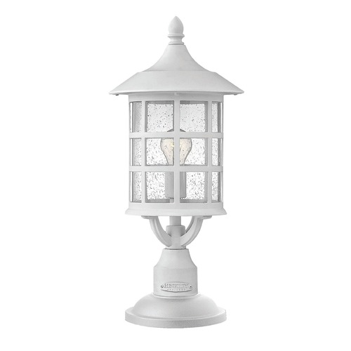 Hinkley Lighting Hinkley Lighting Freeport Classic White Post Light 1801CW-GU24
