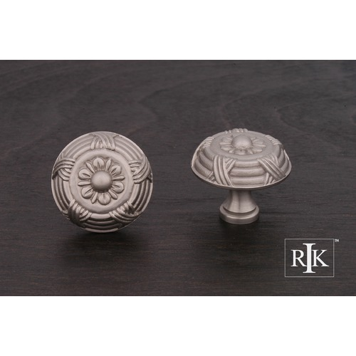 RK International Large Crosses and Petals Knob CK753P