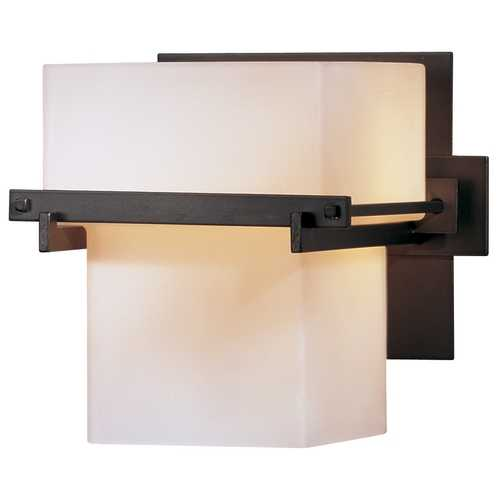 Hubbardton Forge Lighting Single-Light Sconce 207831-05-G106