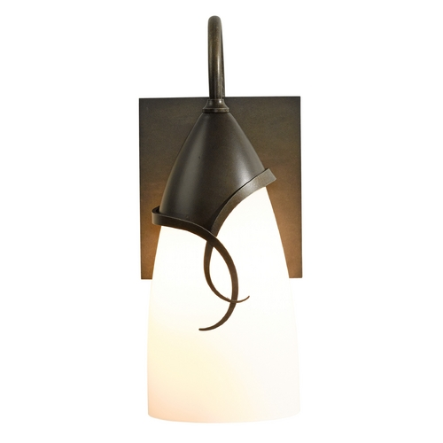 Hubbardton Forge Lighting Hubbardton Forge Lighting Flora Dark Smoke Outdoor Wall Light 303073-07-G445