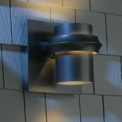 Hubbardton Forge Lighting Hubbardton Forge Lighting Twilight Dark Smoke Outdoor Wall Light 304903-07-CTO