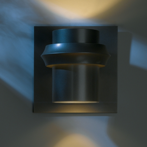 Hubbardton Forge Lighting Hubbardton Forge Lighting Twilight Dark Smoke Outdoor Wall Light 304905-07-CTO