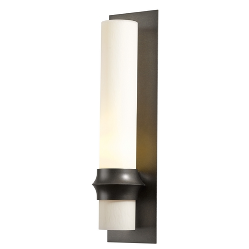 Hubbardton Forge Lighting Hubbardton Forge Lighting Rook Dark Smoke Outdoor Wall Light 304935-07-ZX319