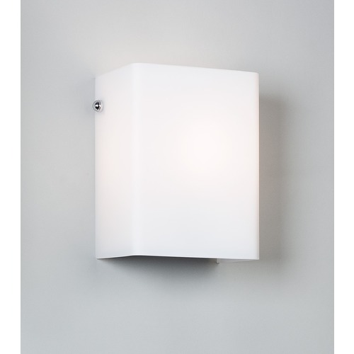 Illuminating Experiences Illuminating Experiences Symmetry Sconce SYMMETRY24GCH