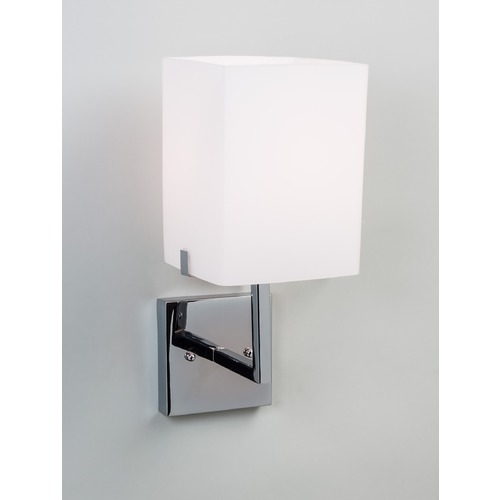 Illuminating Experiences Illuminating Experiences Symmetry Sconce SYMMETRY4GSN
