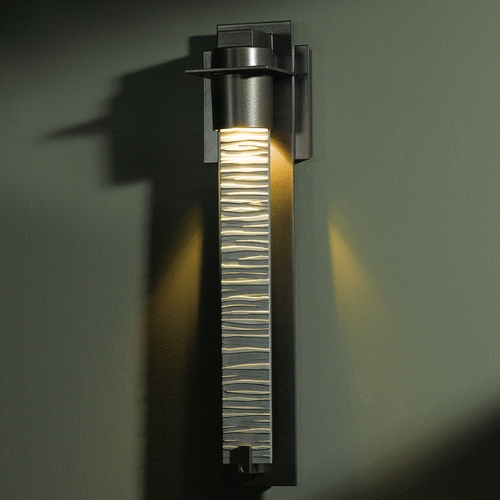 Hubbardton Forge Lighting Hubbardton Forge Lighting Airis Dark Smoke Outdoor Wall Light 307910-07-ZL222