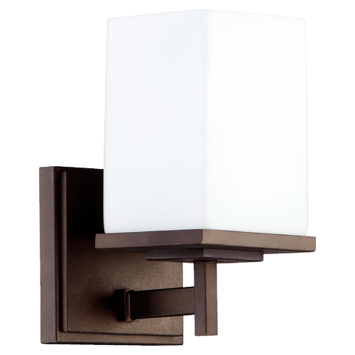 Quorum Lighting Quorum Lighting Delta Oiled Bronze Sconce 5484-1-86