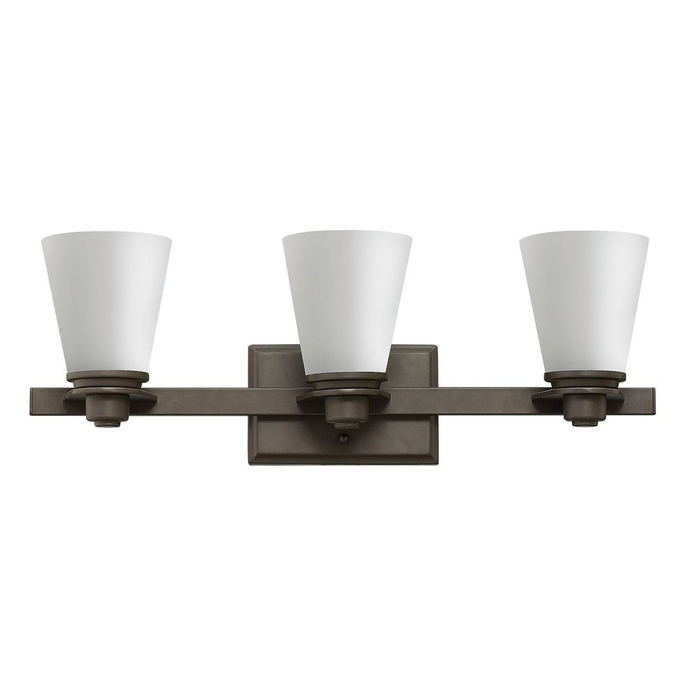 Hinkley lighting avon buckeye bronze bathroom light for Hinkley bathroom vanity lighting