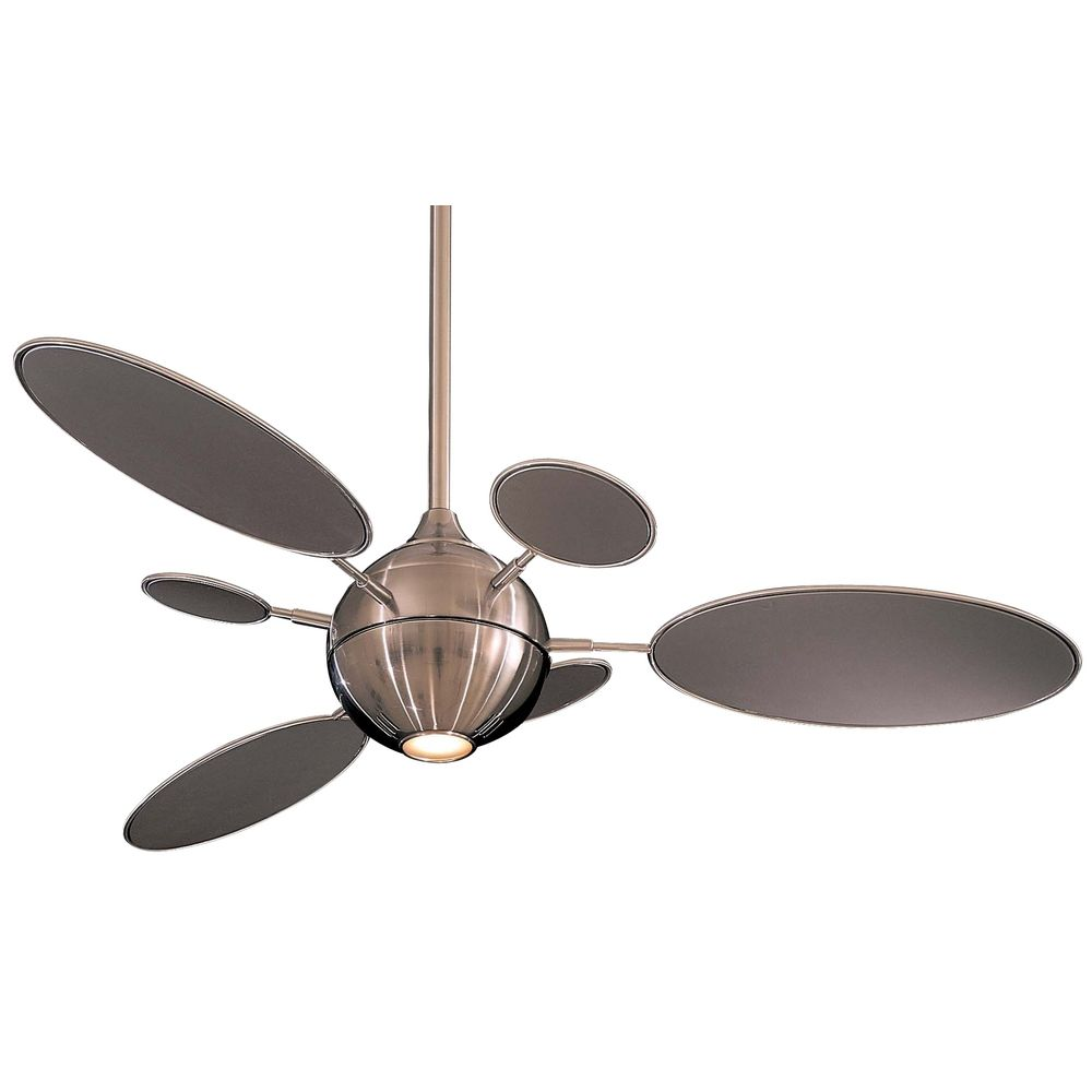 Ceiling Fan with Six Blades and Light Kit F596 BN
