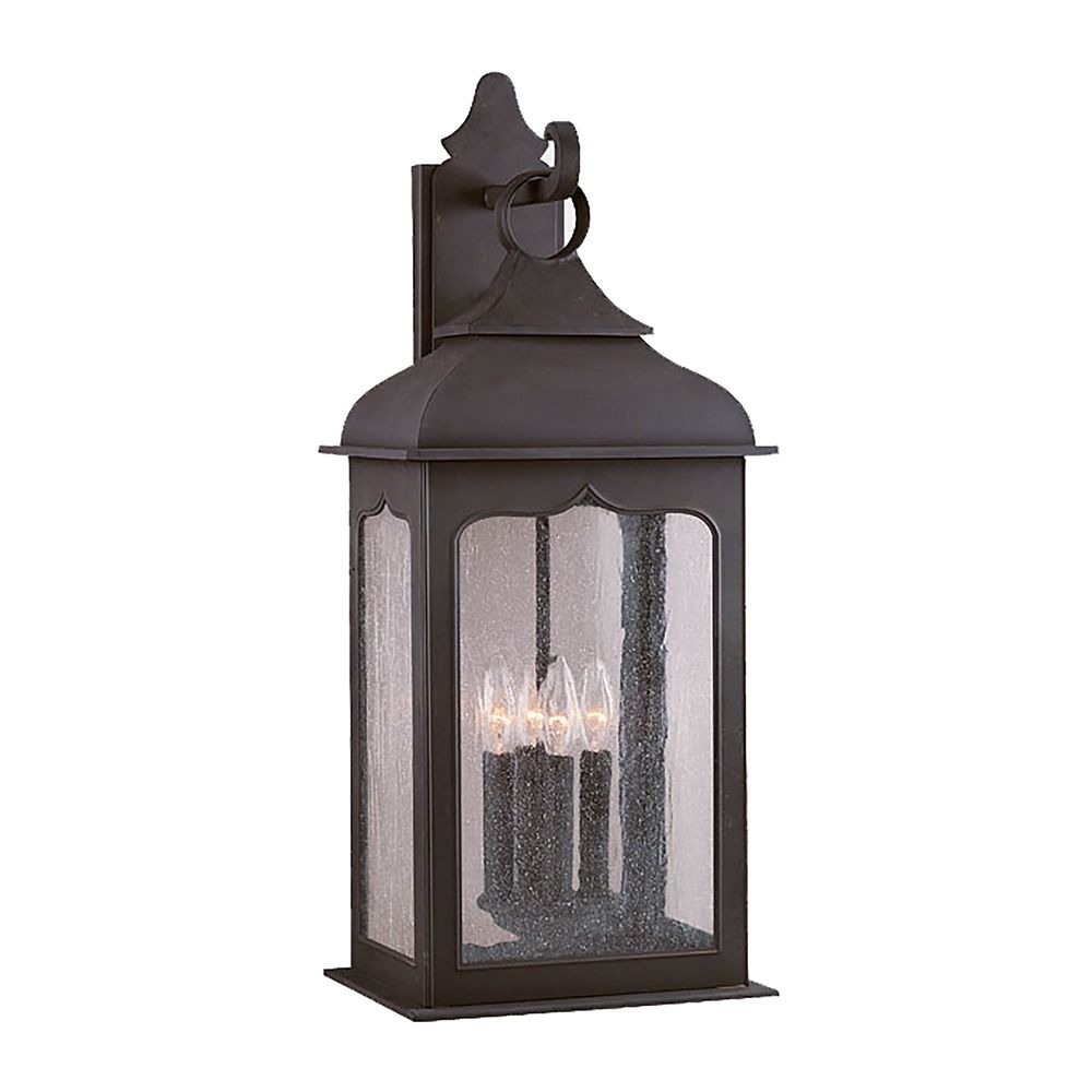 Outdoor Wall Light With Clear Glass In Colonial Iron