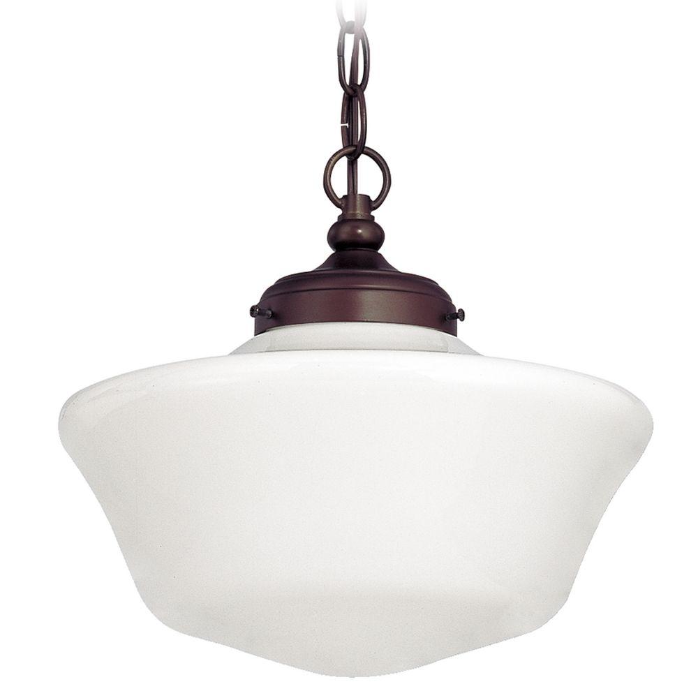 Light bulb vase chain